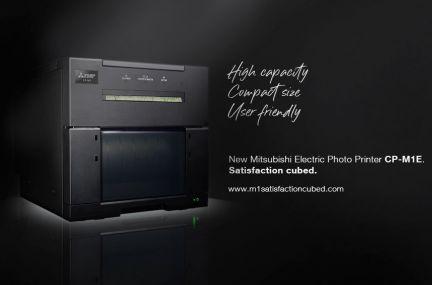 Nuova stampante fotografica CP-M1E. Satisfaction Cubed.